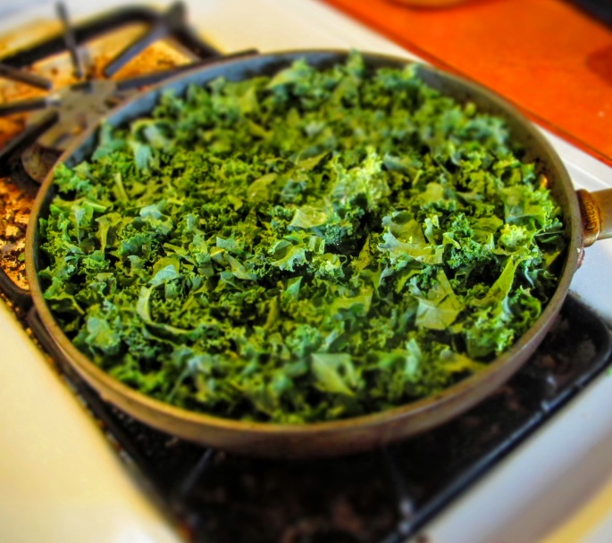 pan steaming kale