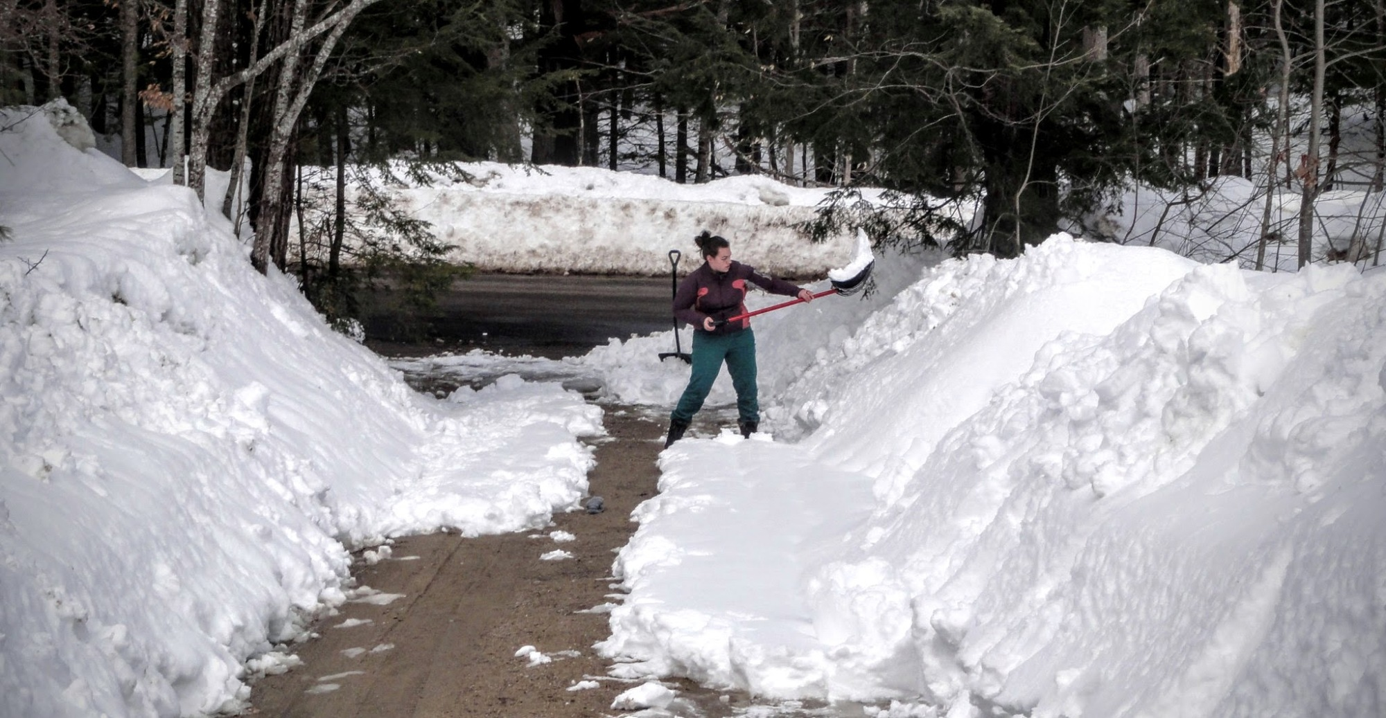 shoveling snow efficiently with the divide and conquer technique