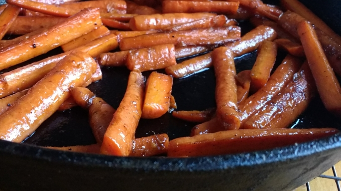 cast iron maple glazed carrot recipe